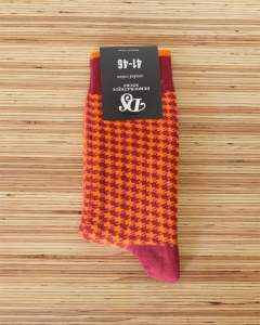 『DEMOCRATIQUE SOCKS』 ハウンドトゥース (BLOOD ORANGE)